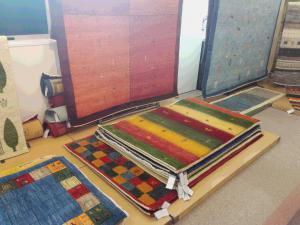 本日より3日間『絨毯ギャベ展』を開催しております!!の写真2