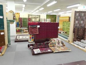 本日より3日間『絨毯展』を開催しております!!の写真1